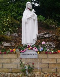 st_therese_statue.jpg